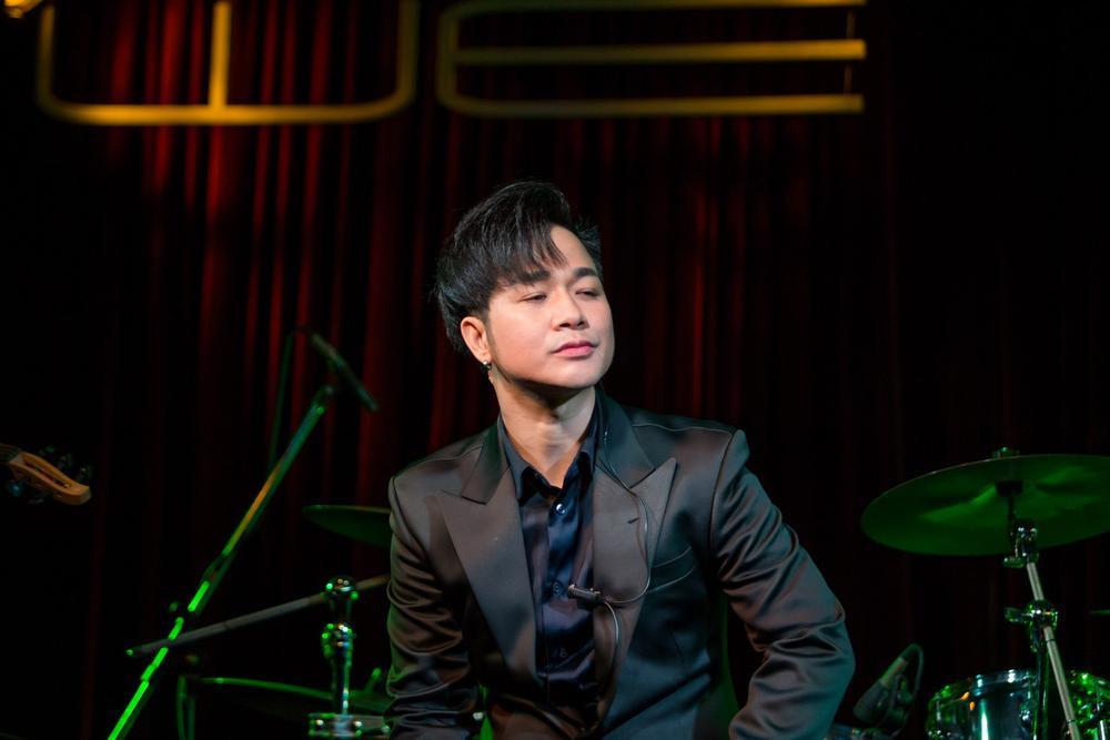 Quách Tuấn Du bị chỉ trích vì livestream làm lố khi Vân Quang Long mất: 'Tôi sợ đột quỵ như vậy' Ảnh 4
