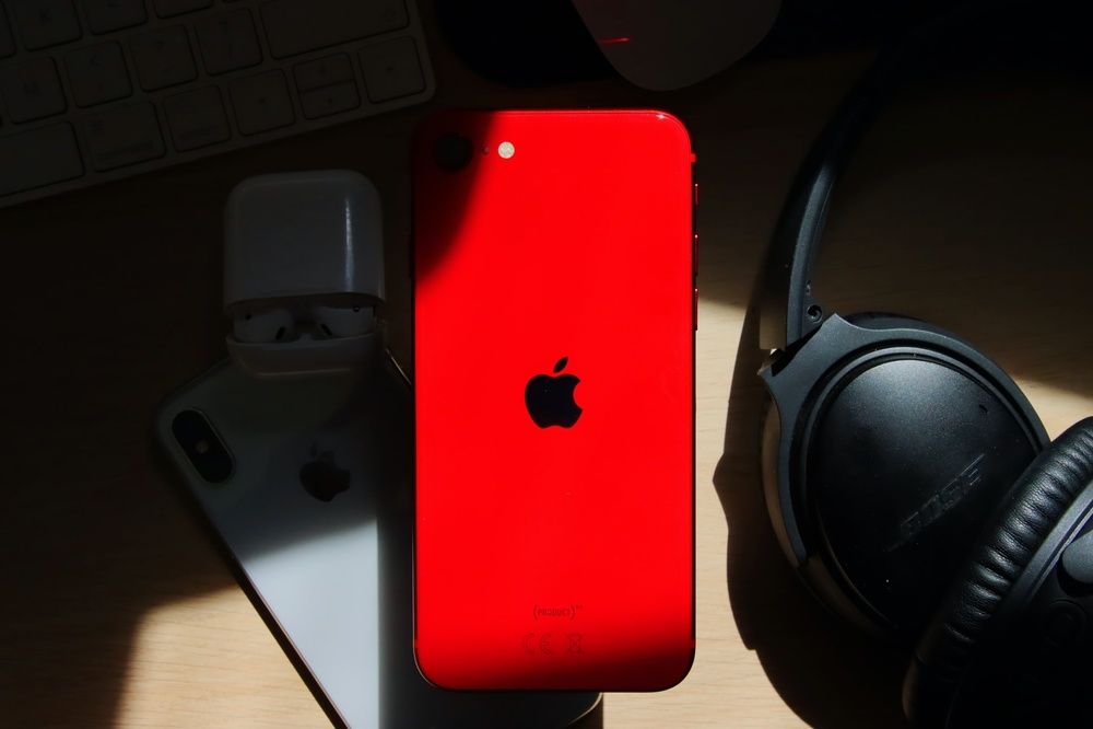 iPhone là thiết bị công nghệ bán chạy nhất trong năm 2020 Ảnh 3
