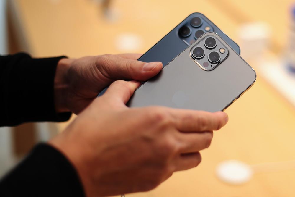iPhone là thiết bị công nghệ bán chạy nhất trong năm 2020 Ảnh 5