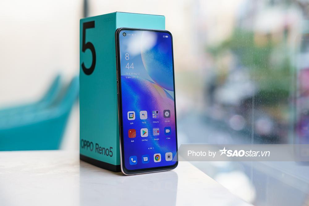 Mở hộp 'tân binh' smartphone tầm trung OPPO Reno5 ở Việt Nam Ảnh 3
