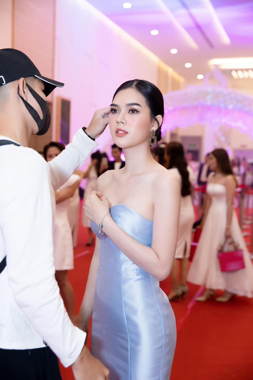 Scandal năm 2020: Ngọc Trinh bị 'cắm sừng', Quang Hải kể chuyện 'đá cặp' với nhiều cô gái Ảnh 2