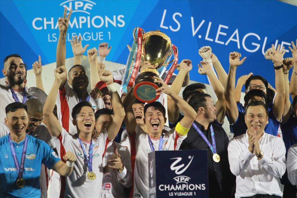 Bóng đá Việt Nam năm 2020: Nỗi buồn của thầy Park trên đất Thái Lan Ảnh 2