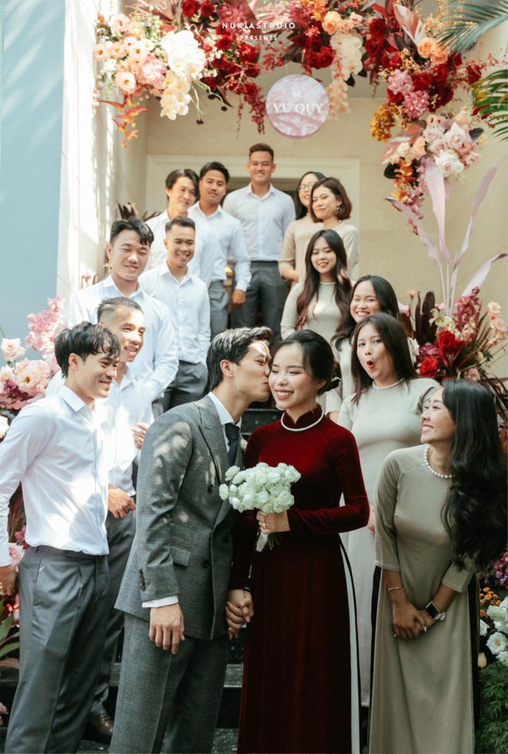 Công Phượng đăng loạt ảnh cưới chưa từng được công bố Ảnh 4