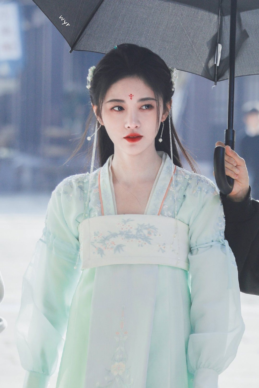Chỉ số truyền thông diễn viên phim truyền hình Hoa Ngữ 2020: Chỉ với vai phụ, Tiêu Chiến dành ngôi á quân Ảnh 9