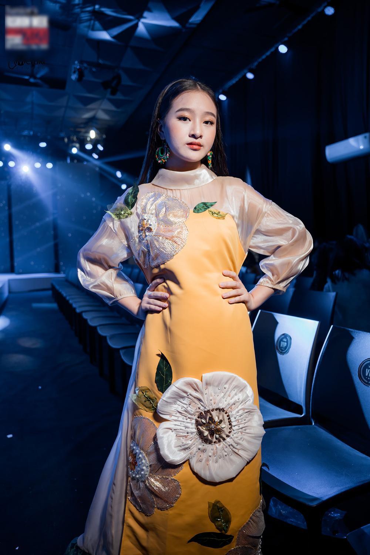 Catwalk đẹp, xinh như Lương Thùy Linh: Quỳnh Anh sẽ là Hoa hậu Việt Nam như lời tiên tri của Emily? Ảnh 5