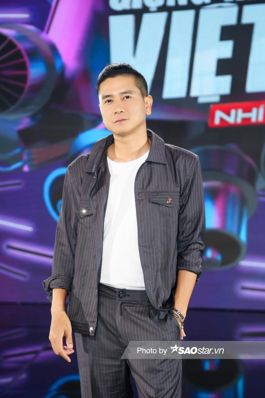 Bộ sậu quyền lực Giọng hát Việt nhí New Generation 'lên đồ mới' ngay tập 2 chuẩn 'người chơi hệ giàu có' Ảnh 4