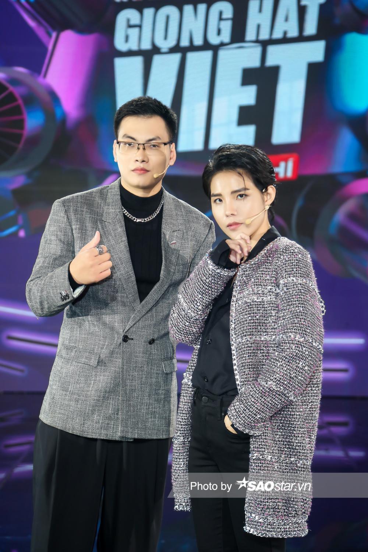 Bộ sậu quyền lực Giọng hát Việt nhí New Generation 'lên đồ mới' ngay tập 2 chuẩn 'người chơi hệ giàu có' Ảnh 2