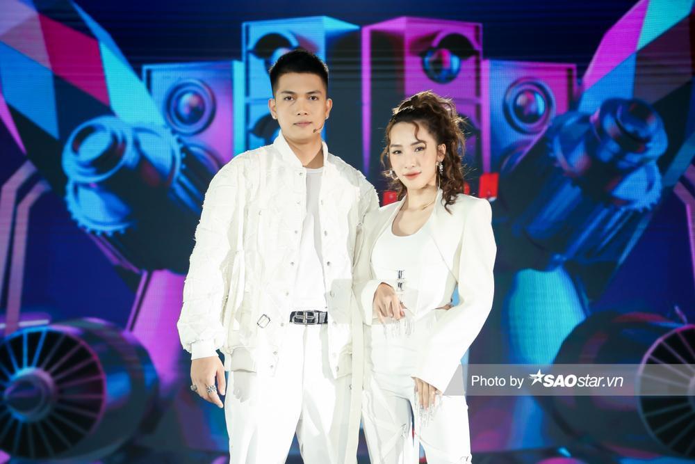 Bộ sậu quyền lực Giọng hát Việt nhí New Generation 'lên đồ mới' ngay tập 2 chuẩn 'người chơi hệ giàu có' Ảnh 3