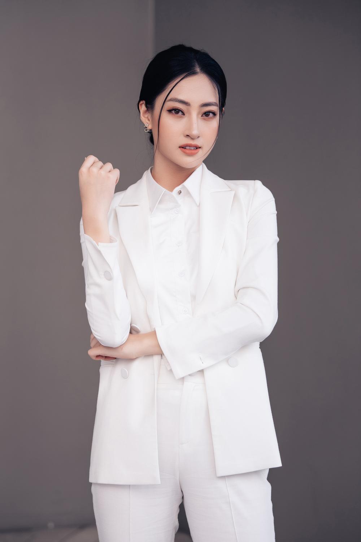 Lương Thùy Linh diễn thuyết bằng tiếng Anh xuất sắc: 'Tôi muốn làm người mẫu Victoria's Secret' Ảnh 10