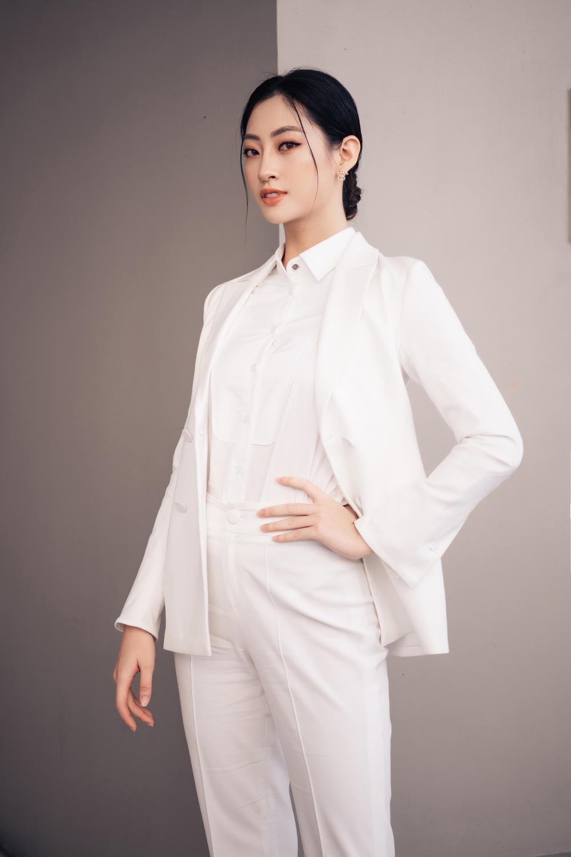 Lương Thùy Linh diễn thuyết bằng tiếng Anh xuất sắc: 'Tôi muốn làm người mẫu Victoria's Secret' Ảnh 7