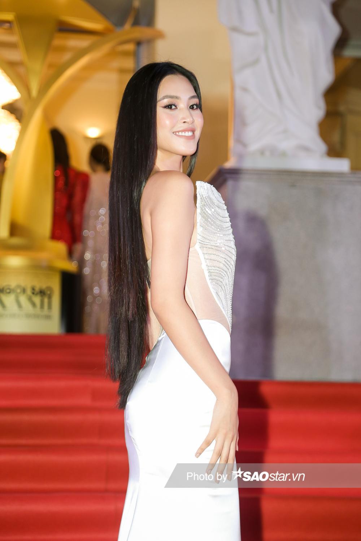 Thảm đỏ 'Ngôi sao xanh 2020': Chi Pu đọ sắc LONA cùng dàn Hoa hậu đẹp ngút ngàn của Việt Nam Ảnh 17