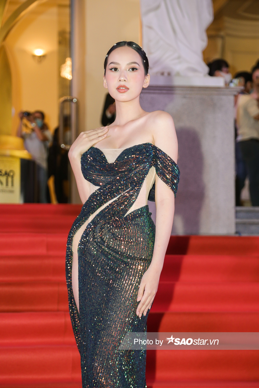 Thảm đỏ 'Ngôi sao xanh 2020': Chi Pu đọ sắc LONA cùng dàn Hoa hậu đẹp ngút ngàn của Việt Nam Ảnh 63