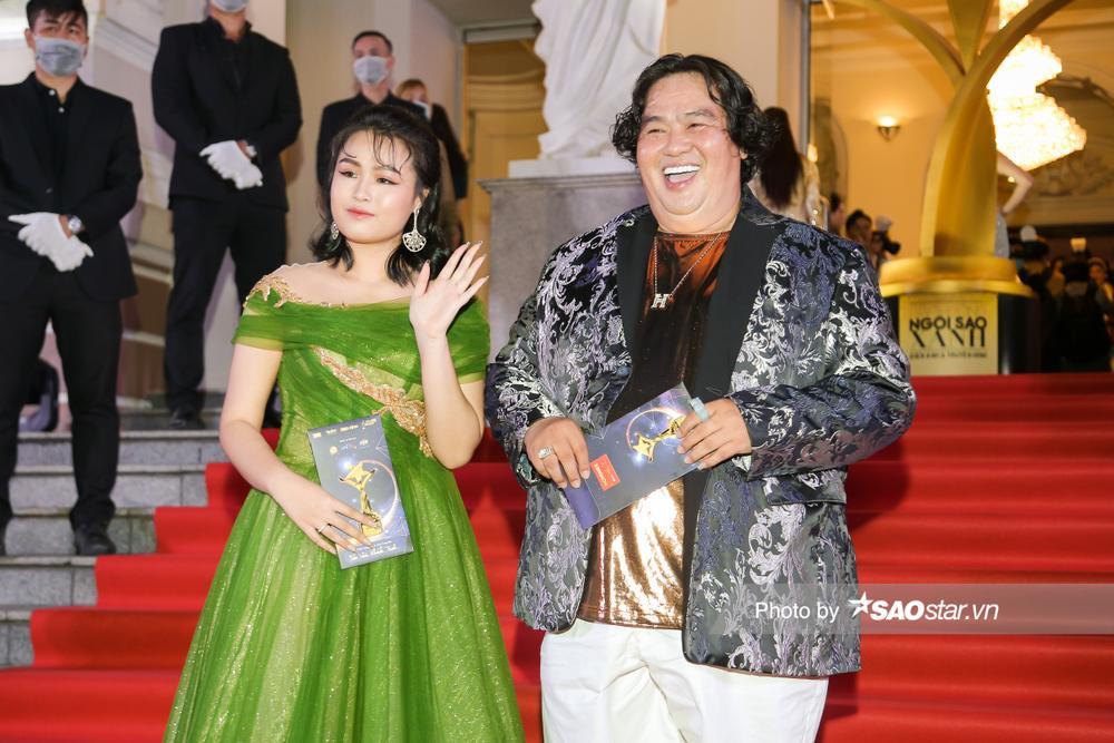 Thảm đỏ 'Ngôi sao xanh 2020': Chi Pu đọ sắc LONA cùng dàn Hoa hậu đẹp ngút ngàn của Việt Nam Ảnh 26