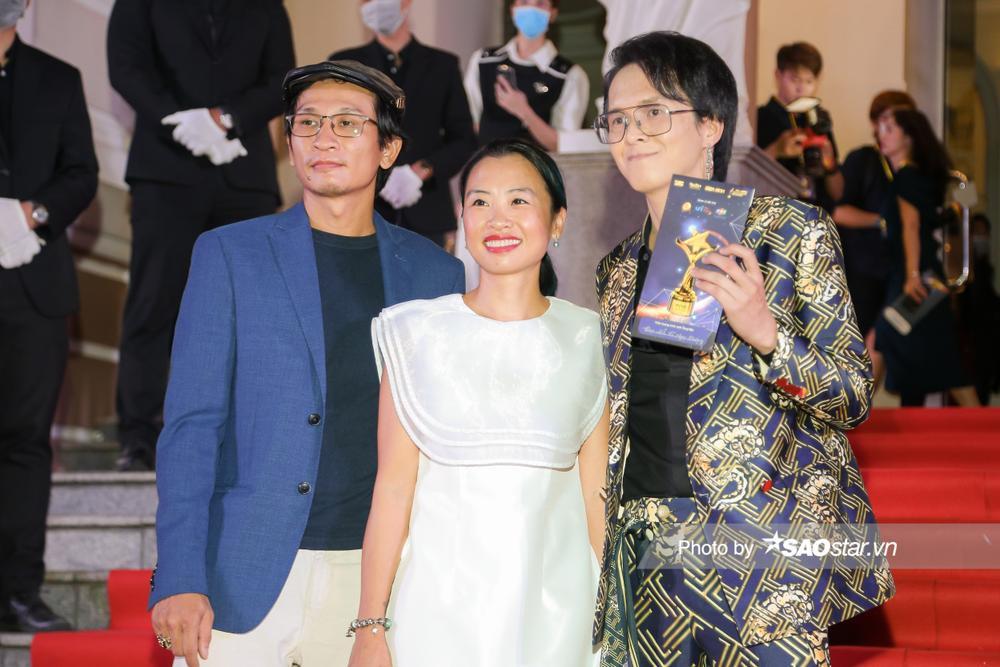 Thảm đỏ 'Ngôi sao xanh 2020': Chi Pu đọ sắc LONA cùng dàn Hoa hậu đẹp ngút ngàn của Việt Nam Ảnh 45