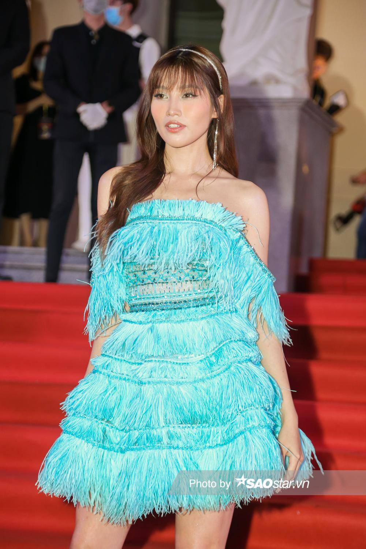 Thảm đỏ 'Ngôi sao xanh 2020': Chi Pu đọ sắc LONA cùng dàn Hoa hậu đẹp ngút ngàn của Việt Nam Ảnh 51