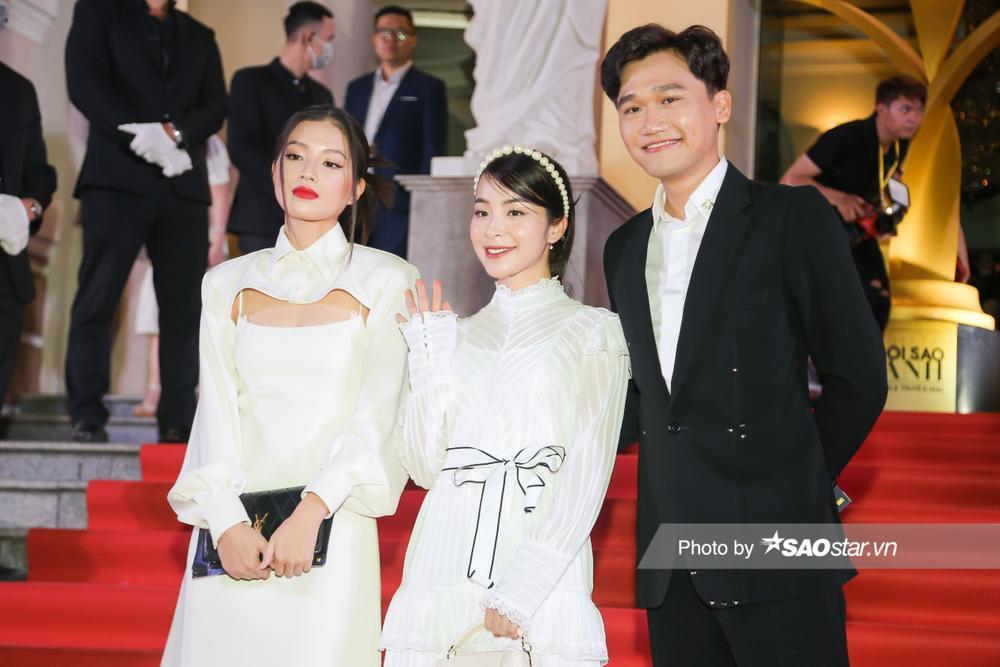Thảm đỏ 'Ngôi sao xanh 2020': Chi Pu đọ sắc LONA cùng dàn Hoa hậu đẹp ngút ngàn của Việt Nam Ảnh 39