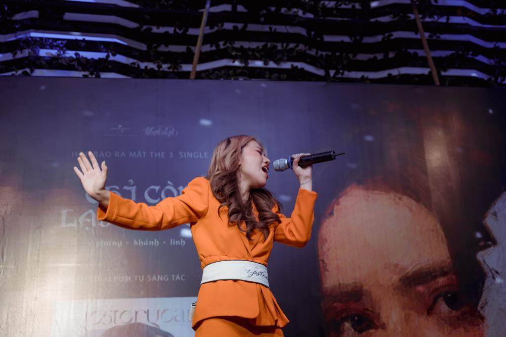 Phùng Khánh Linh từng có ý định dừng ca hát để bán hàng online Ảnh 5