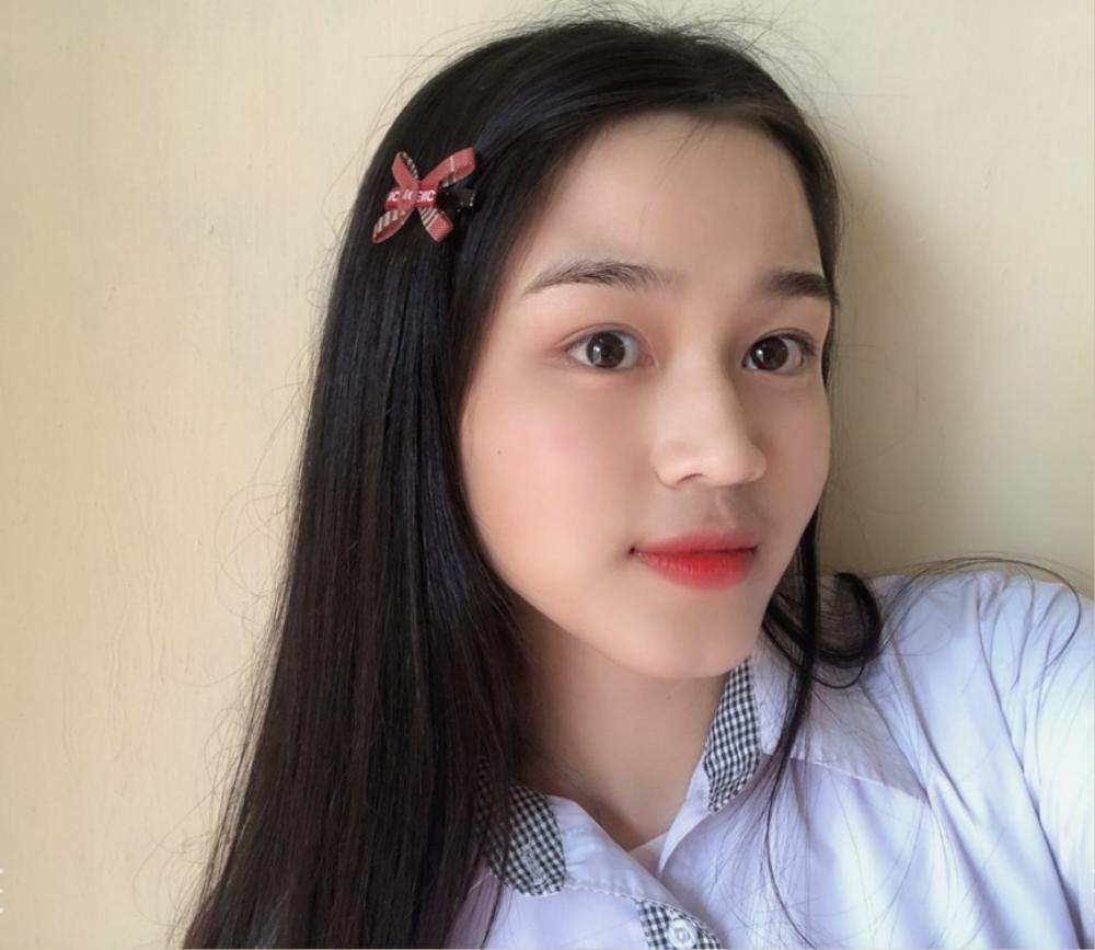 Mặt mộc của 3 hoa hậu đắt show nhất hiện nay: Em út Đỗ Thị Hà 'búng ra sữa' Ảnh 15