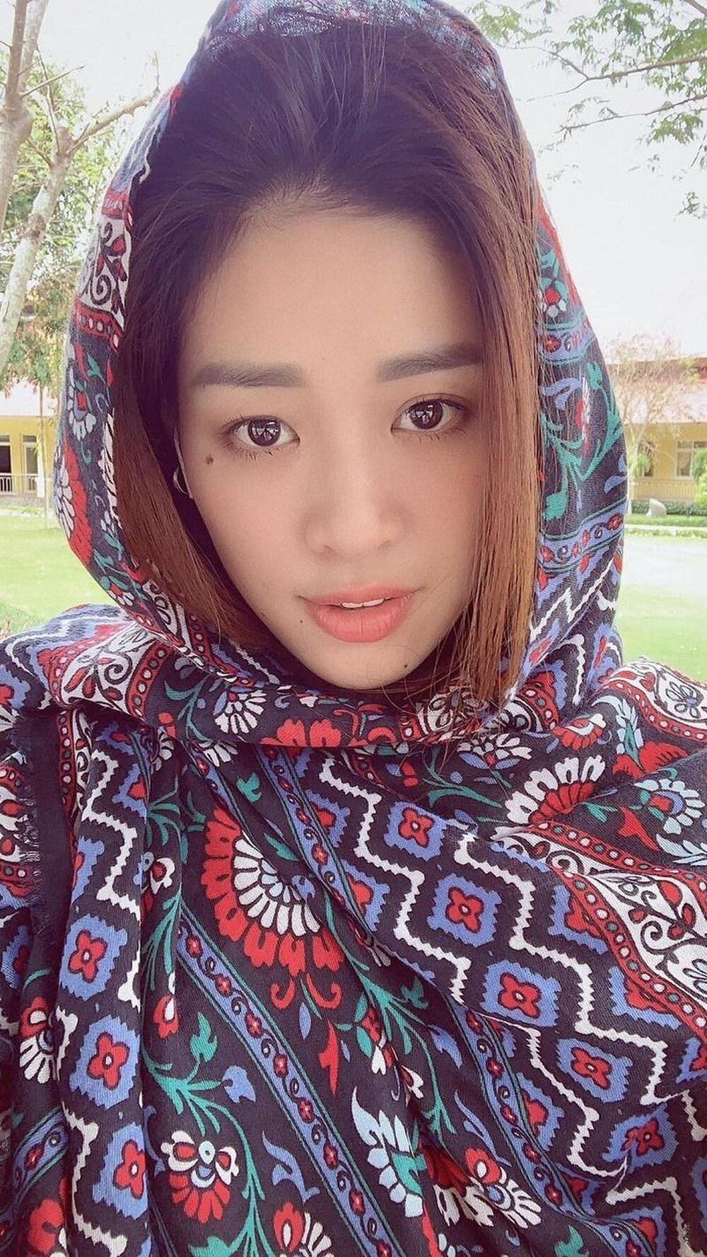 Mặt mộc của 3 hoa hậu đắt show nhất hiện nay: Em út Đỗ Thị Hà 'búng ra sữa' Ảnh 11