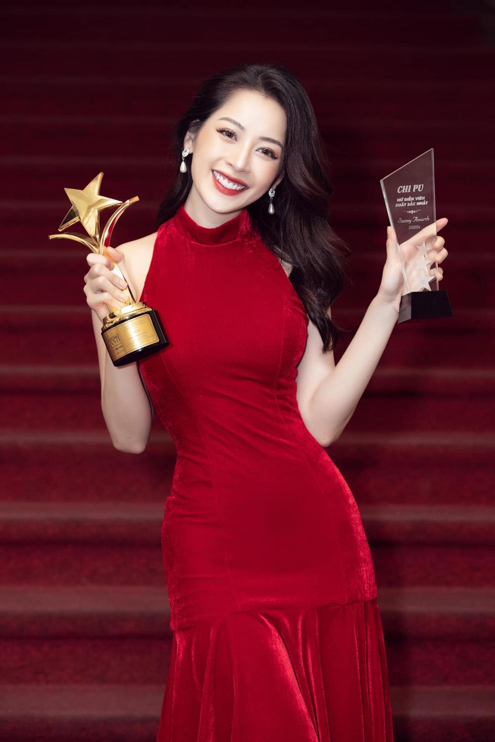 Chi Pu nhận giải Ngôi sao xanh, fan khuyên nên làm diễn viên đừng làm ca sĩ Ảnh 2