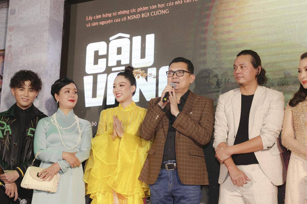 Vợ chồng Hà Tăng, Kiều Minh Tuấn cùng dàn sao Việt góp mặt trong họp báo ra mắt phim 'Cậu Vàng' Ảnh 5