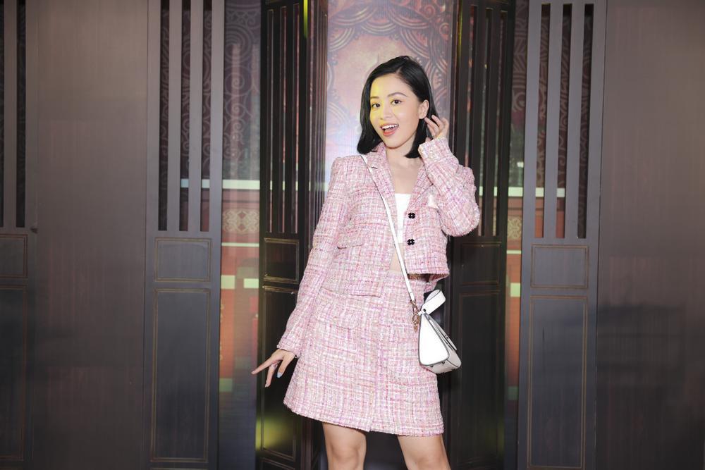 Vợ chồng Hà Tăng, Kiều Minh Tuấn cùng dàn sao Việt góp mặt trong họp báo ra mắt phim 'Cậu Vàng' Ảnh 14