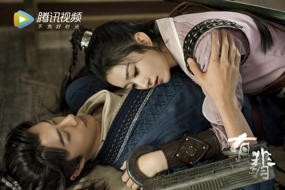 Fan Vương Nhất Bác nặng lời mắng nhiếc nữ phụ trong 'Hữu Phỉ' Ảnh 1