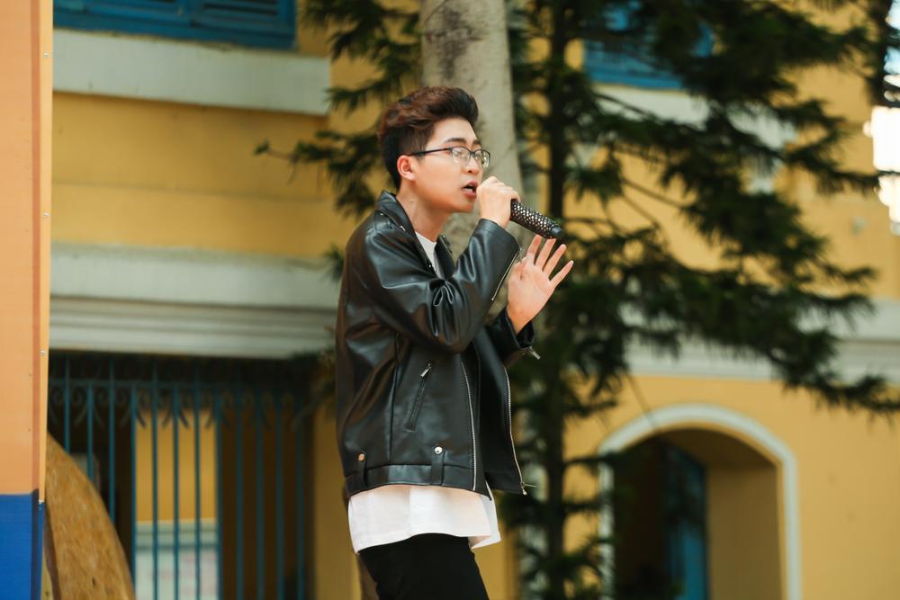 Quán quân King Of Rap tiết lộ thời học sinh 'cá biệt' trên sân khấu Thiếu Niên Nói 2021 Ảnh 6