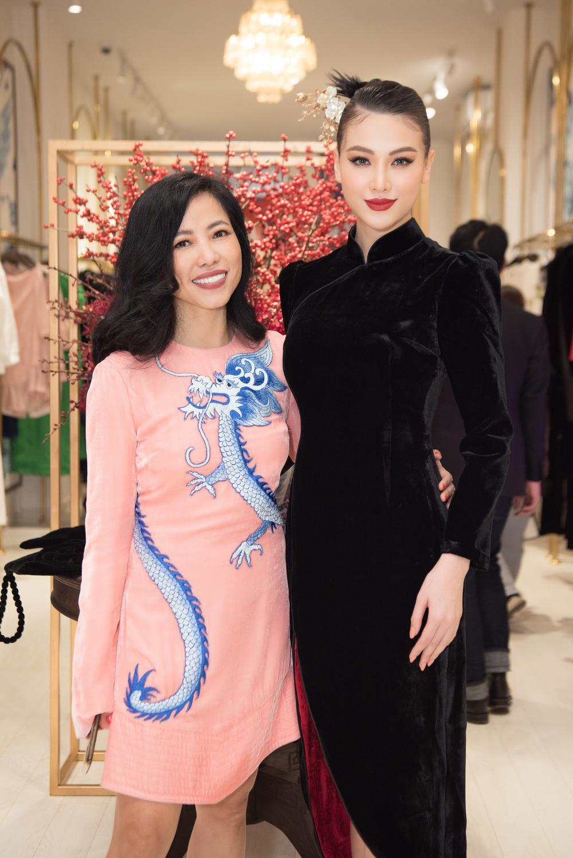 Hoa hậu Phương Khánh, Á hậu Ngọc Thảo duyên dáng với váy áo âm hưởng dân gian Ảnh 3