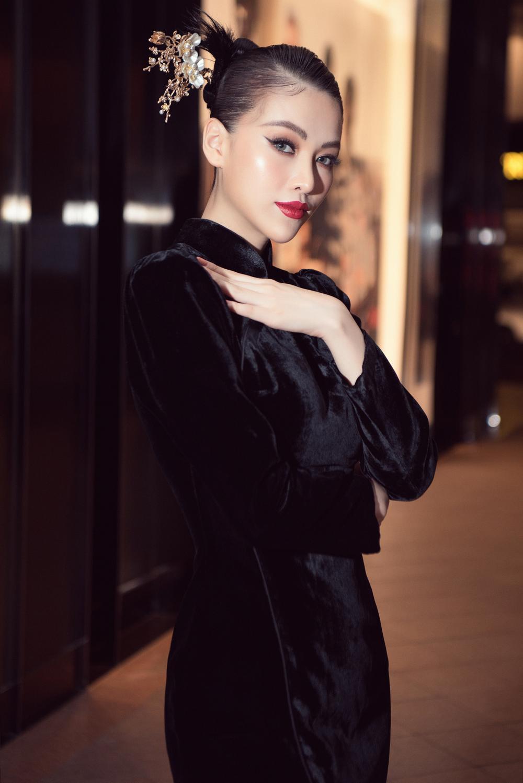 Hoa hậu Phương Khánh, Á hậu Ngọc Thảo duyên dáng với váy áo âm hưởng dân gian Ảnh 2