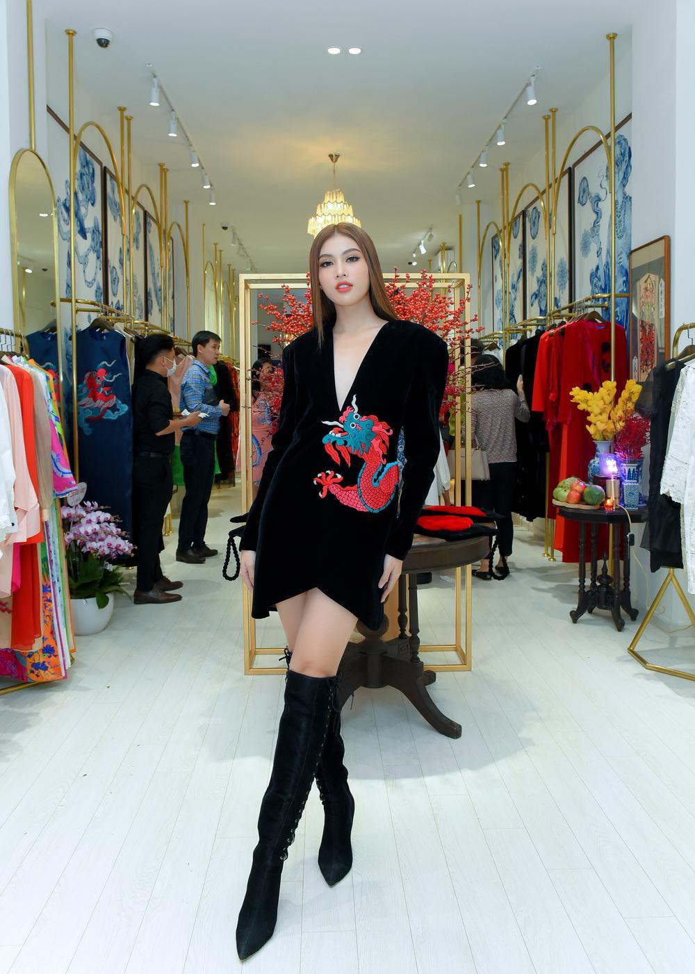 Hoa hậu Phương Khánh, Á hậu Ngọc Thảo duyên dáng với váy áo âm hưởng dân gian Ảnh 5