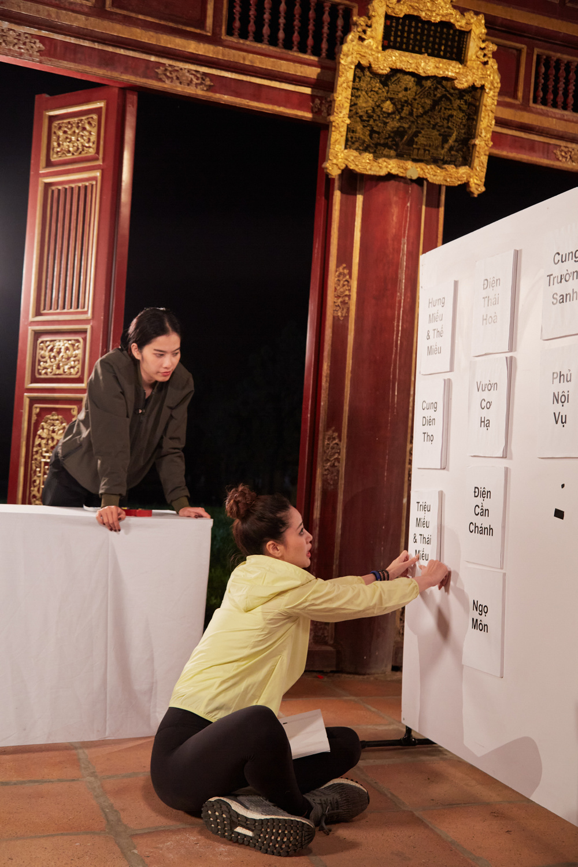 Sức khỏe yếu lại bất đồng với Khánh Vân, Nam Em khiến Hương Ly khó chịu: 'Sai nặng nề luôn' Ảnh 9