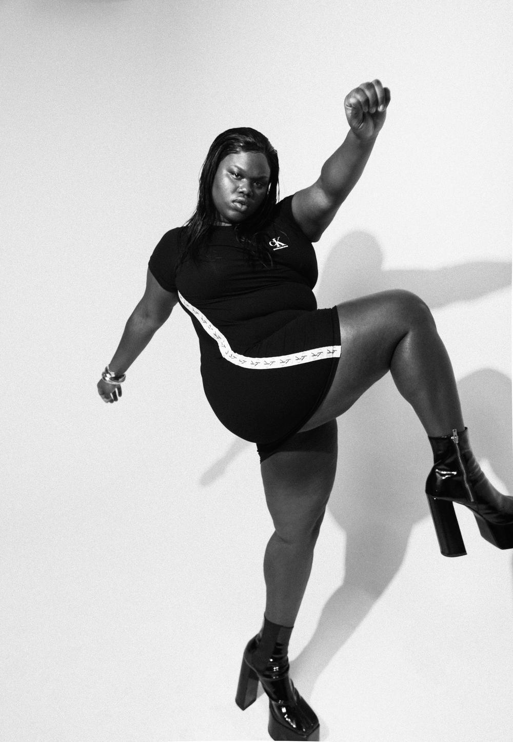Người mẫu béo chuyển giới da đen được Calvin Klein sủng ái Ảnh 5