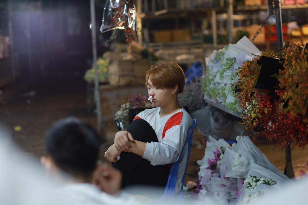 Chùm ảnh: Những con người không ngủ đón đông cùng Hà Nội Ảnh 12