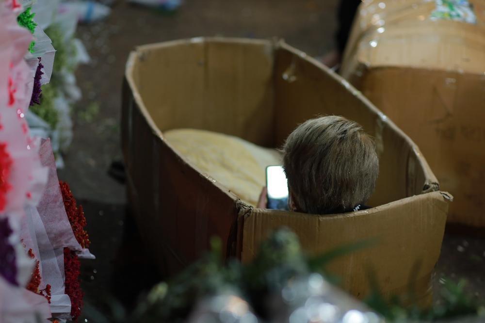Chùm ảnh: Những con người không ngủ đón đông cùng Hà Nội Ảnh 14