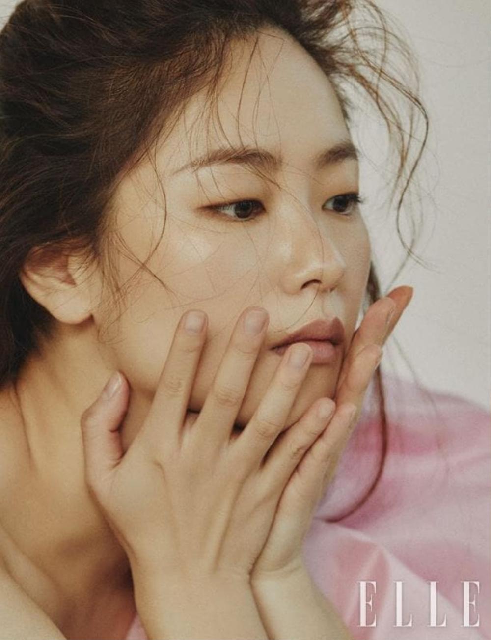 Jeon Yeo Bin nói về Song Joong Ki: Sẽ dệt lên mối tình đẹp như mộng năm 2021? Ảnh 6