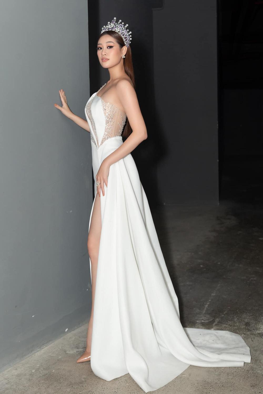 Vừa lên 'dây cót' cho Miss Universe, Khánh Vân tăng vọt gần 10kg khiến ai cũng hóng phần thi áo tắm Ảnh 5
