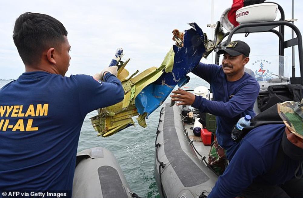 Vụ rơi máy bay Indonesia: Hé lộ thông tin mới nhất và những tin nhắn cuối cùng đầy xót xa của hành khách Ảnh 3