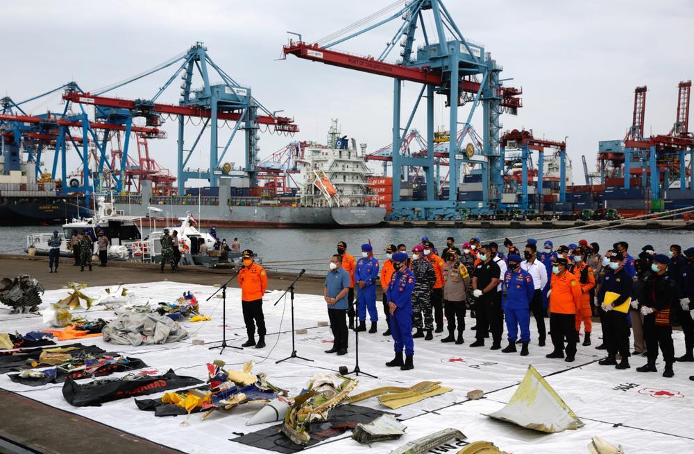 Dấu hiệu đáng chú ý trong vụ máy bay chở 62 người gặp nạn ở Indonesia Ảnh 3