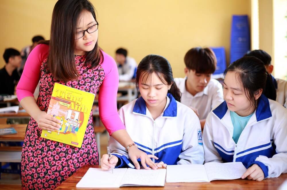 Những giáo viên 'hot' nhất MXH: Người là giáo viên xuất sắc toàn cầu, người sở hữu gu thời trang ấn tượng Ảnh 2