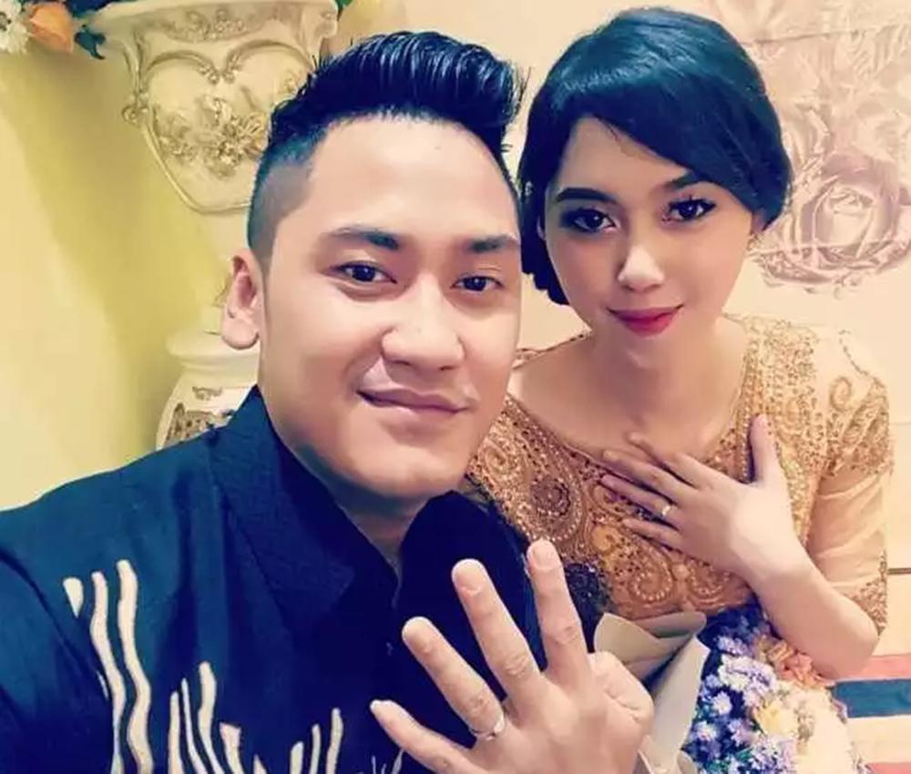 Vợ nam tiếp viên chết trong vụ máy bay rơi ở Indonesia: 'Hãy đợi em ở trên thiên đàng' Ảnh 1