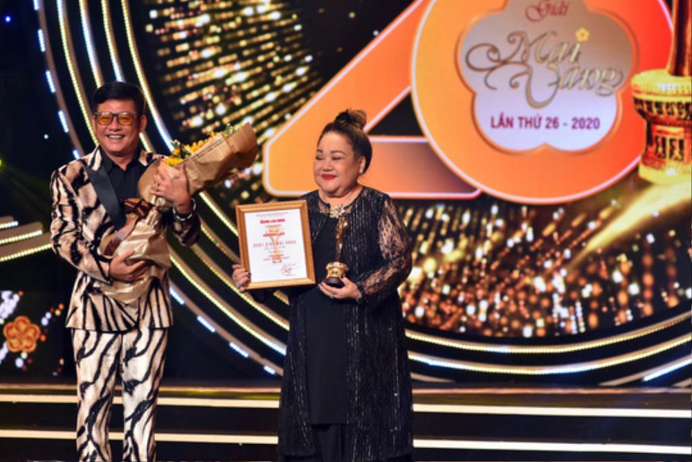 Huỳnh Lập 'vượt mặt' NSƯT Hoài Linh, Trường Giang giành giải Mai Vàng 2020 với xê-ri 'Một nén nhang' Ảnh 3