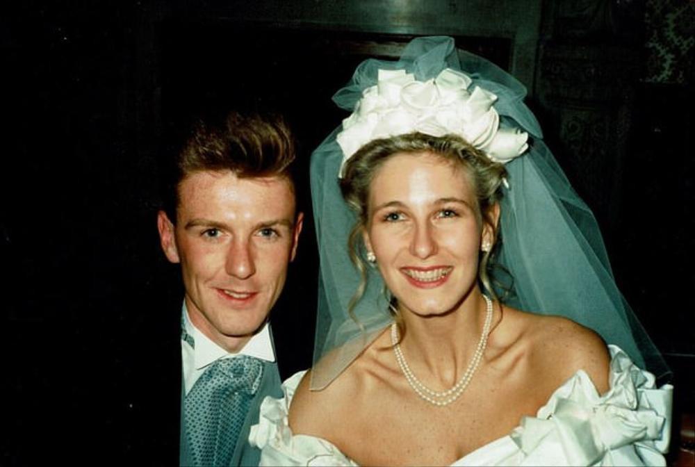Chuyện tình hợp tan như phim điện ảnh của cặp đôi tái hôn ở tuổi 50 Ảnh 1