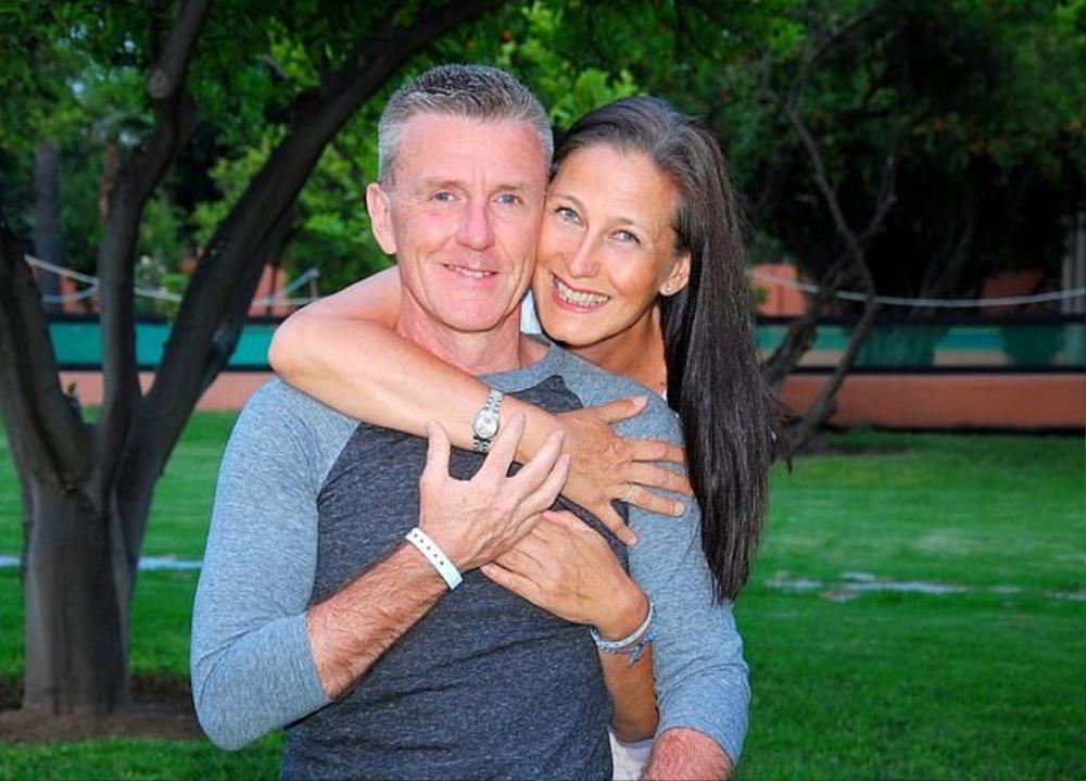 Chuyện tình hợp tan như phim điện ảnh của cặp đôi tái hôn ở tuổi 50 Ảnh 6