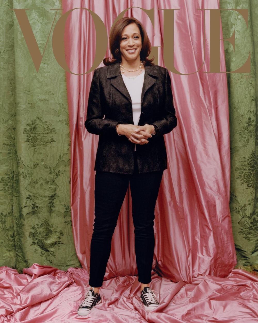 Nữ Phó Tổng thống Mỹ Kamala Harris trên bìa tạp chí Vogue gây tranh cãi dữ dội Ảnh 2