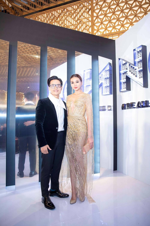 Á hậu Phương Anh đẹp vượt mặt chị đại Thanh Hằng dù đã sửa kết cấu váy, bộ đầm tạo kỉ lục mới! Ảnh 5
