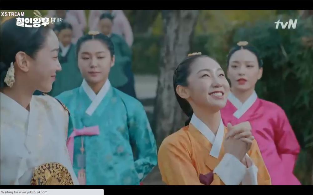 'Mr. Queen' tập 11: Shin Hye Sun tá hỏa vì tình địch thẳng tay ám sát, Kim Jung Hyun bị lộ thân phận Ảnh 19