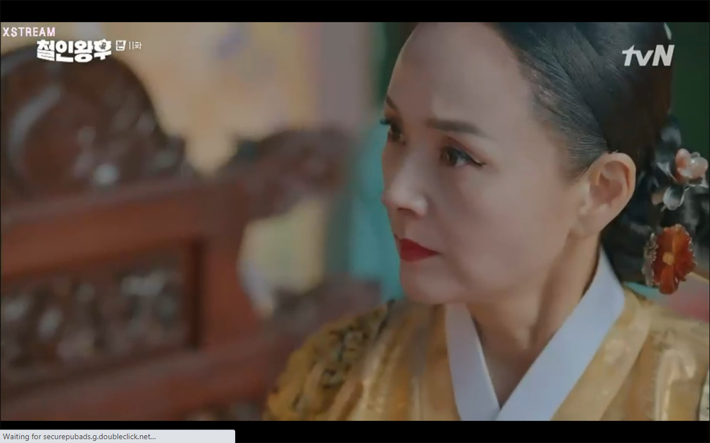 'Mr. Queen' tập 11: Shin Hye Sun tá hỏa vì tình địch thẳng tay ám sát, Kim Jung Hyun bị lộ thân phận Ảnh 44