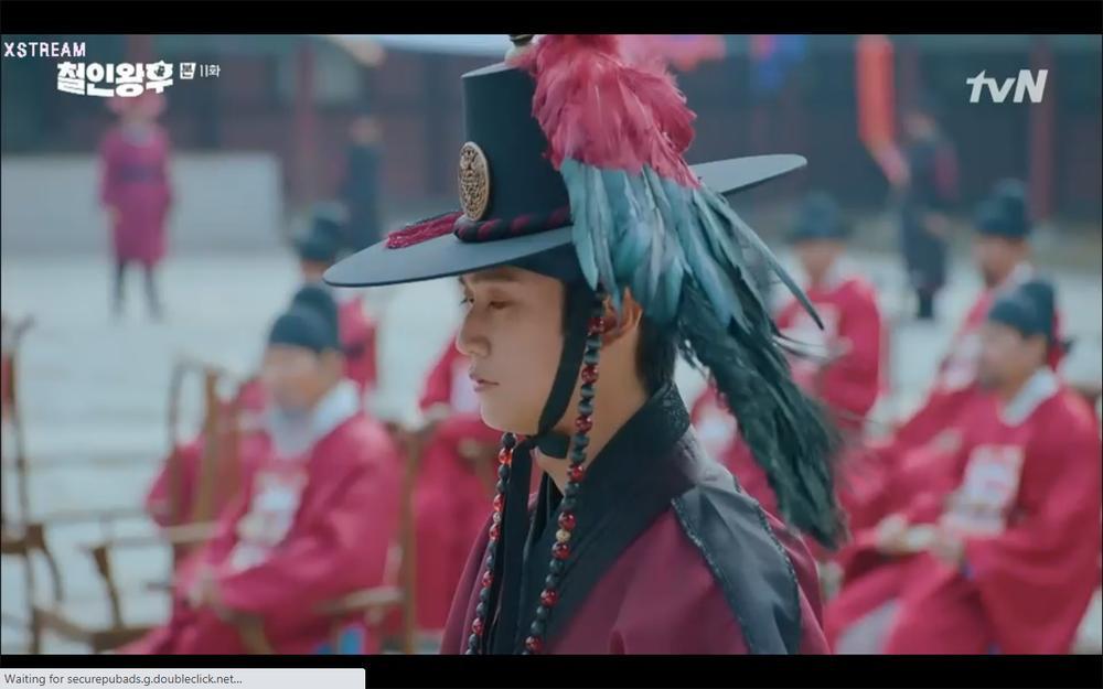 'Mr. Queen' tập 11: Shin Hye Sun tá hỏa vì tình địch thẳng tay ám sát, Kim Jung Hyun bị lộ thân phận Ảnh 48