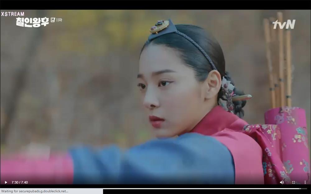 'Mr. Queen' tập 11: Shin Hye Sun tá hỏa vì tình địch thẳng tay ám sát, Kim Jung Hyun bị lộ thân phận Ảnh 51